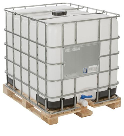 Reconditioned 1000 litre IBC tank with wooden pallet