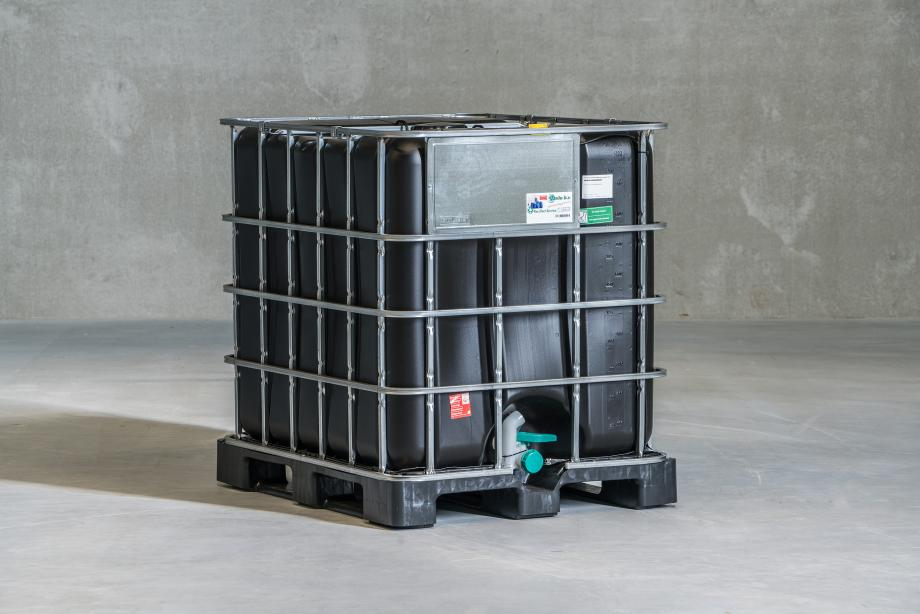 1000L IBC Tank with Black Bottle for UV Protection