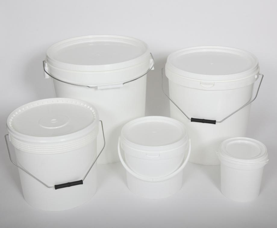 Five white plastic pails with handles and lids