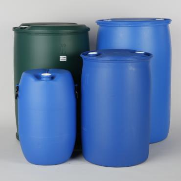 Four different sizes of tighthead plastic drum